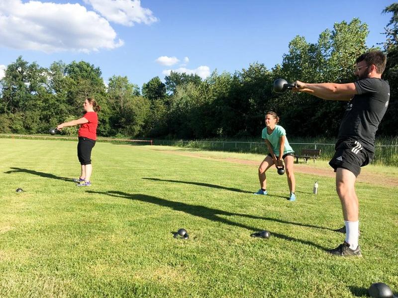 Sport mit Abstand – HIT Workout Kettlebell